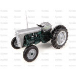 Tractor 1/32 Scale UNIVERSAL HOBBIES Massey Ferguson TO35 Launch Edition