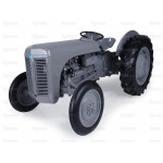 Tractor 1/8 Scale UNIVERSAL HOBBIES Ferguson TE20 Limited Edition
