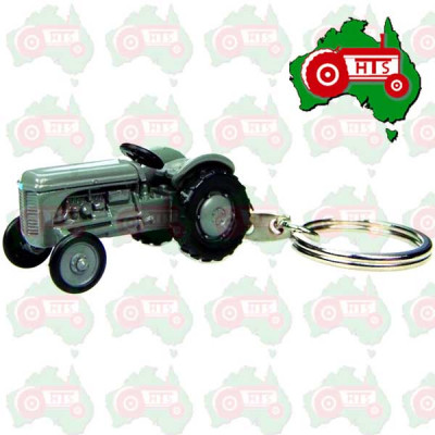 Massey Ferguson Key Ring Scale Universal Hobbies TEA20