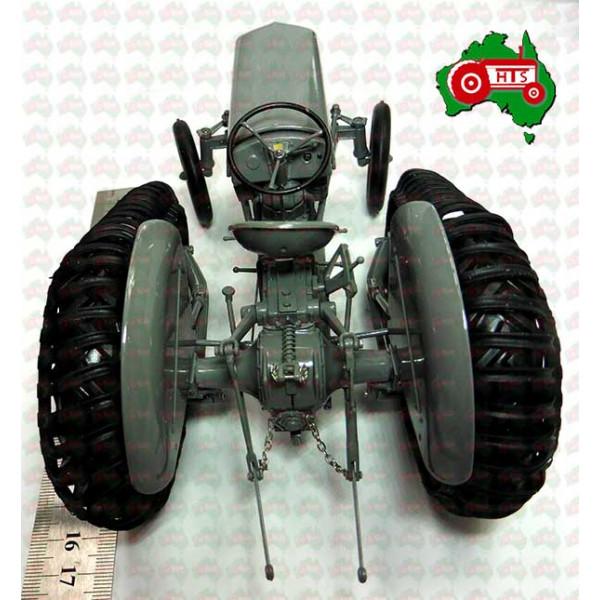 Massey Ferguson 1/16 Scale Toy Model TEA20 TE20 Half Track